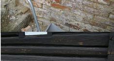 Remont podmurówki 100-letniego domu drewnianego
