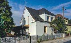 Dom bliźniak na Śląsku. Remont połączony z rozbudową domu