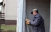 Ciepły montaż przesuwnych drzwi tarasowych
