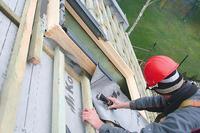 Nowe okna połaciowe do starego dachu